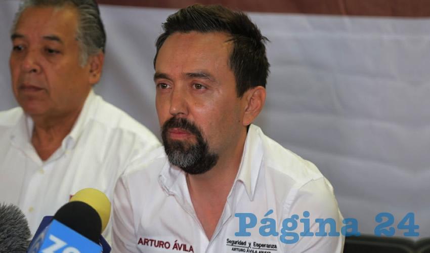 Francisco Arturo Federico Ávila ...mal pagador el candidato...