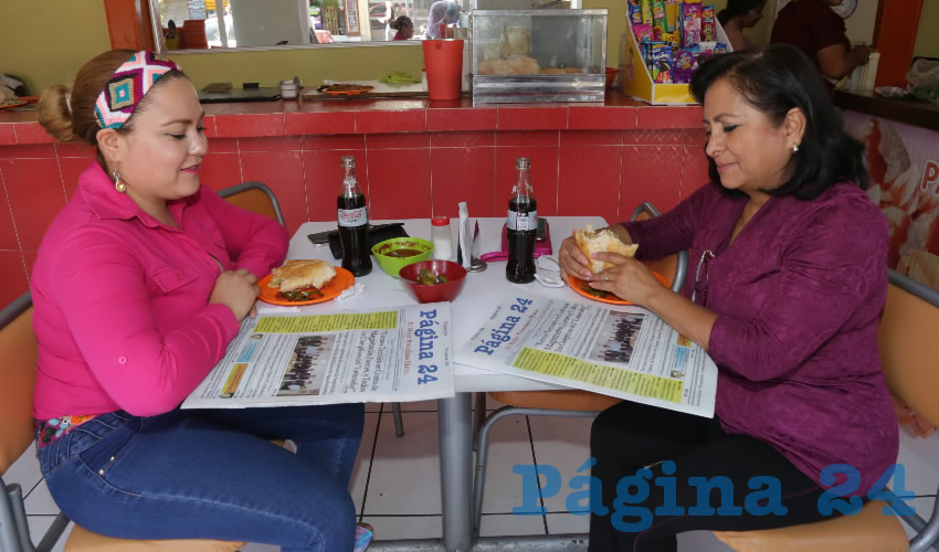 En El Sabor de Coyoacán compartieron el primer alimento del día Paulina Pedroza Coronel y Magdalena Ramos Roble