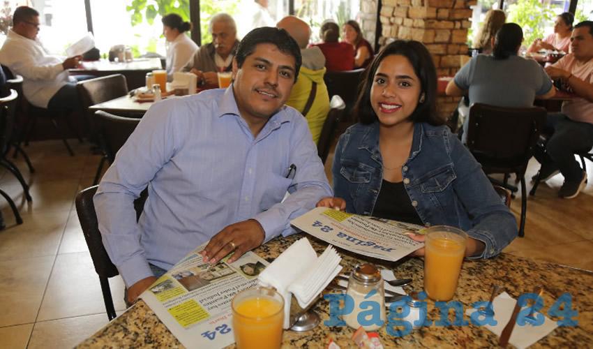 En Las Antorchas almorzaron Juan Manuel Ávila López y Karen Itzel Ávila Carrizales