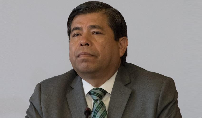 Tonatiuh Guillén Renuncia al  Instituto Nacional de Migración
