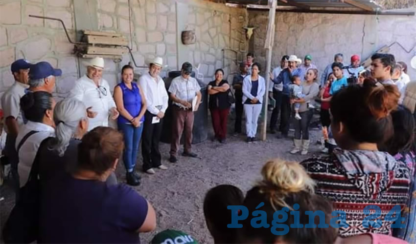 Recorre Ulises Mejía Haro Comunidades de Zacatecas Para Atender Directamente las Demandas de los Habitantes