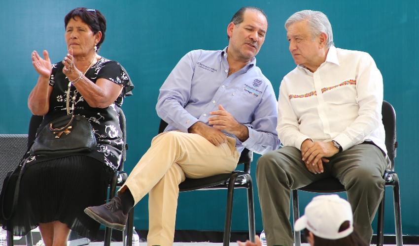 Ofrece López Obrador Apoyar la Economía de Aguascalientes