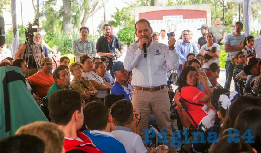 Presenta Gobernador Martín Orozco la Tarjeta de Descuentos de Transporte Público YOVOY