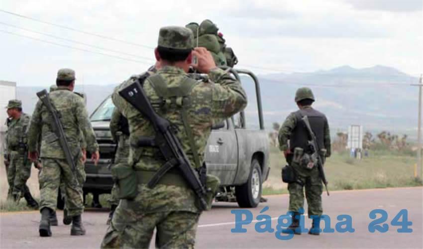 Militares en Miguel Auza