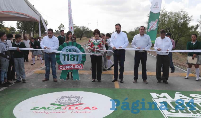 El Gobernador entregó obras de urbanización y acceso carretero para el municipio