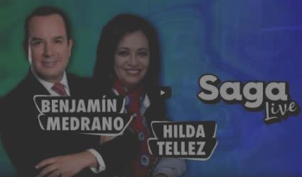 Hilda Téllez y Benjamín Medrano con Adela Micha