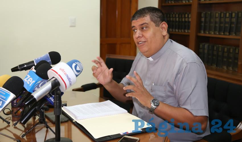 No se Viola Ningún Derecho de los Niños por Llevarlos a la Iglesia: Felipe Gutiérrez