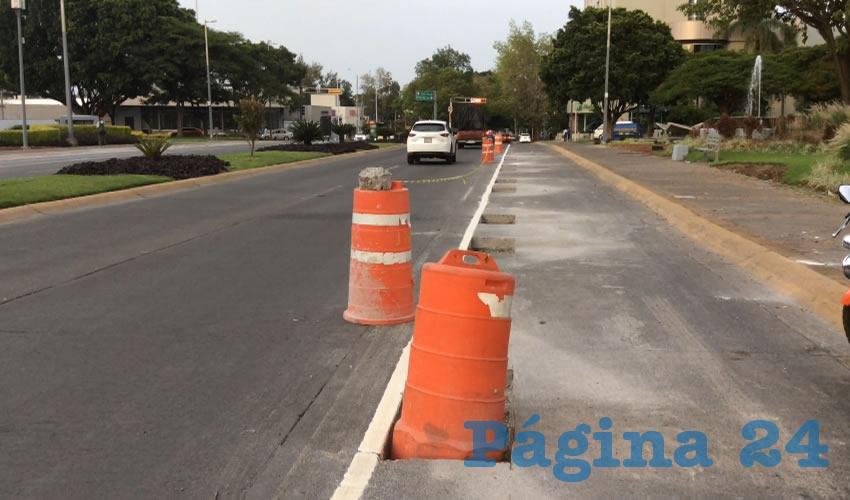 Construcción de la ciclovía en avenida Niños Héroes-Guadalupe/Foto: Archivo Página 24