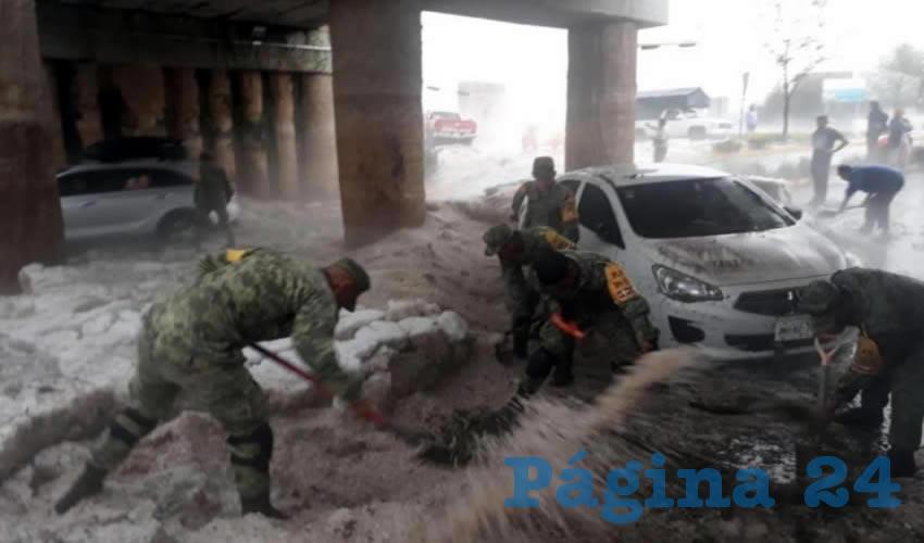 Minutos después de la fuerte tormenta, la Sedena activó el Plan DN III en laz zonas afectadas por la granizada/Foto: Especial