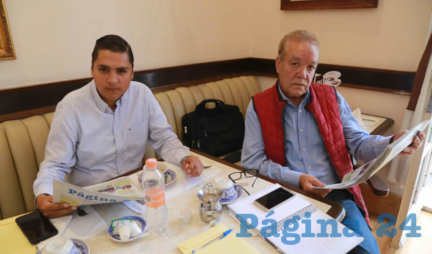 Jaime Enrique Gutiérrez Ramírez y Rafael Díaz Macías compartieron el primer alimento matutino en Sanborns Francia