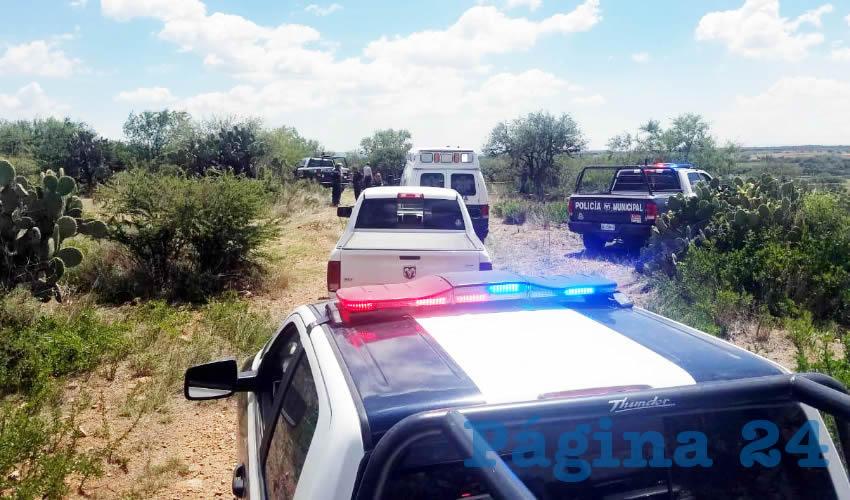 En un paraje de La Loma del Tecolote, fue localizado el cuerpo de un desconocido