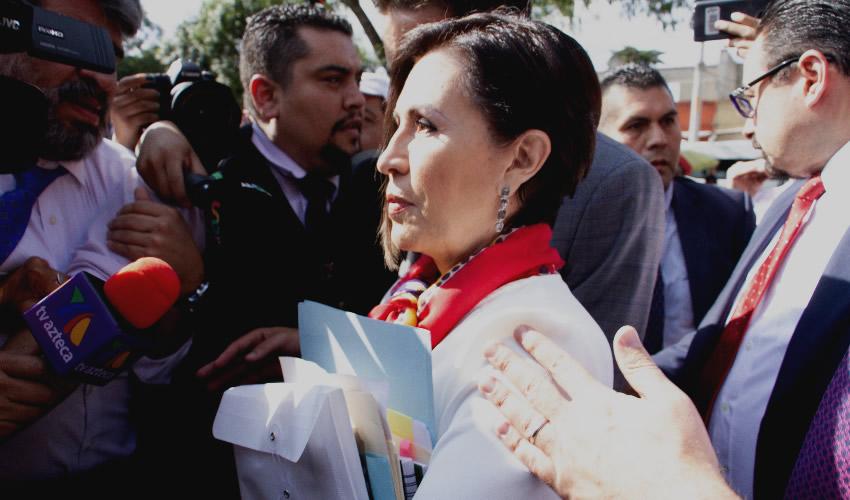 Rosario Robles, ex titular de Sedesol y Sedatu, a su llegada a los juzgados del Reclusorio Sur, para presentarse a la audiencia por las acusaciones por el supuesto desvío de recursos durante su administración.