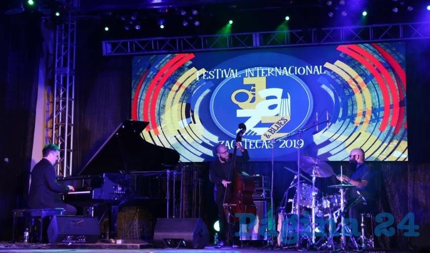 Aplauden a Alex Mercado Trío y a Euterpe Jazz, en el Festival Internacional de Jazz y Blues 2019