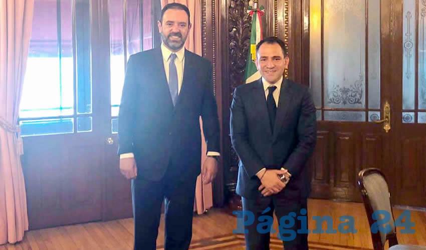 Alejandro Tello y Arturo Herrera Gutiérrez, titular de la SHCP, encabezaron una reunión de trabajo en Ciudad de México