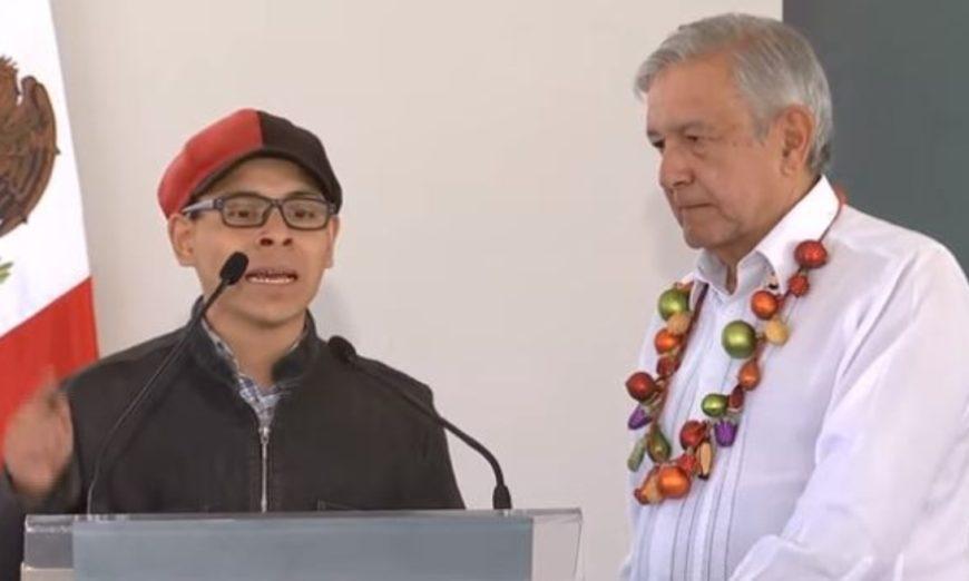 Expone Joven Desacuerdo con Extinción de Bachillerato B@UNAM Frente a AMLO