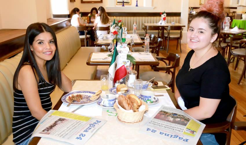 En Sanborns Francia compartieron el pan y la sal Jodie Buffalo y Sara Padilla Cruz