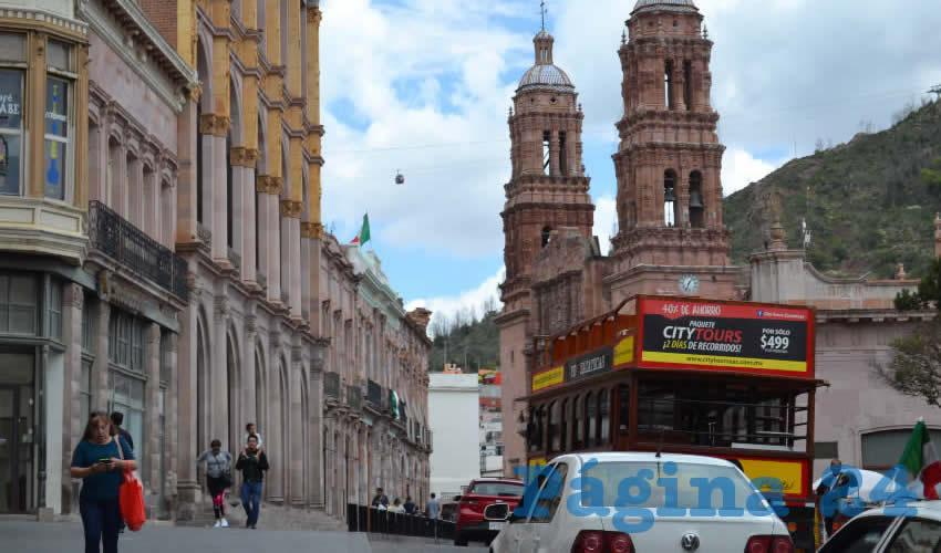 Esperan que siga el flujo de turistas en lo que resta del mes, tanto en sitios turísticos, museos y restaurantes