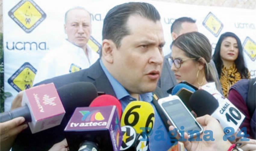"""""""Me niego a pensar que nosotros debemos de dejárselo todo a la autoridad, claro exigir en medida de lo posible, pero también nosotros tenemos que aportar, esta es una medida que efectivamente a nosotros nos hace levantar la mano y decir aquí estamos"""", explicó Salvador Hernández, presidente de la UCMA/Foto: Rafael Hernández Guízar"""