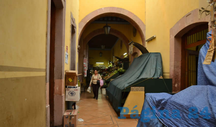 En el Mercado El Laberinto se Encuentran Alimentos a Bajos Precios: Comerciantes