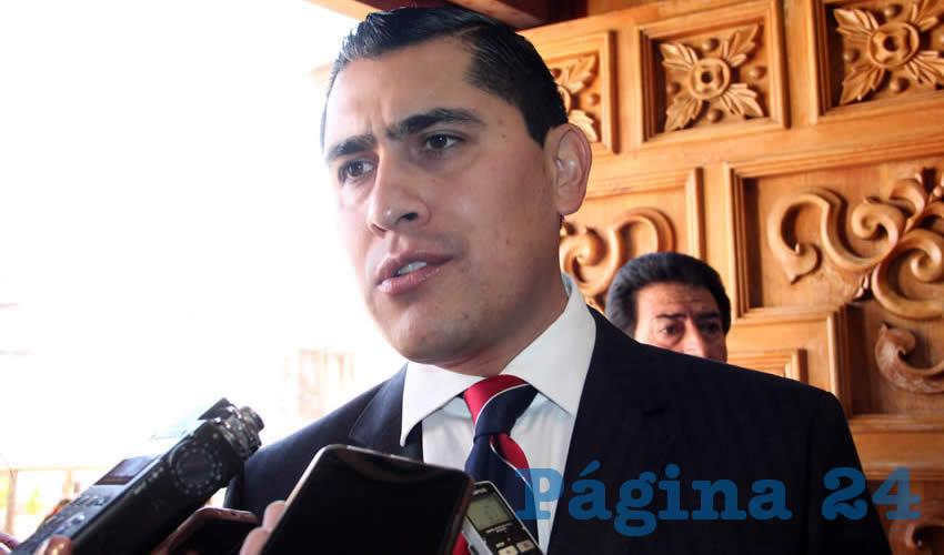 Carlos Peña Badillo, director del Instituto Zacatecano de Educación para Adultos (IZEA) (Foto Rocío Castro)