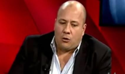 Yo no voy a Robar, Decía Enrique Alfaro