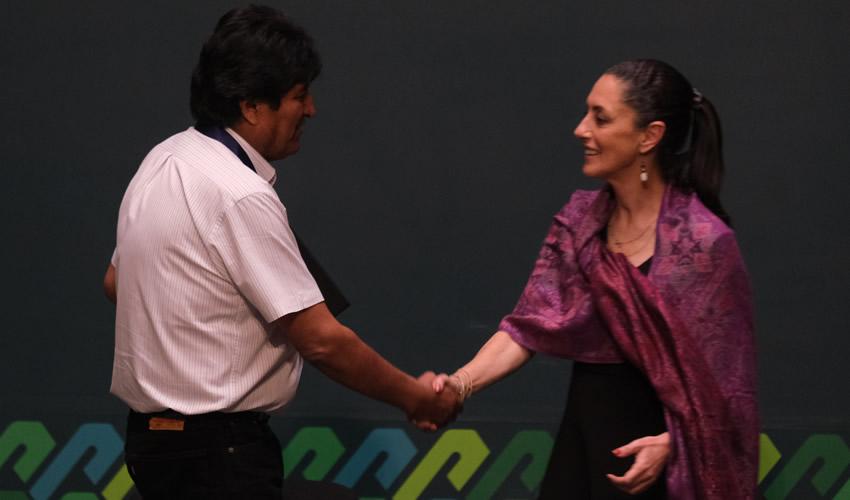 El Gobierno de la Ciudad de México Nombra a Evo Morales Huésped Distinguido