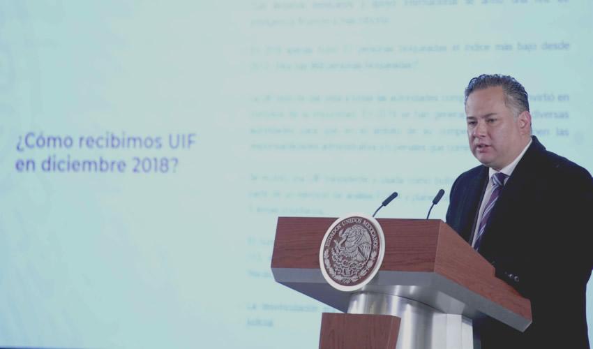 Santiago Nieto Castillo confirmó que cuatro exgobernadores son investigados por distintas irregularidades durante sus funciones (Foto: Presidencia/Cuartoscuro)