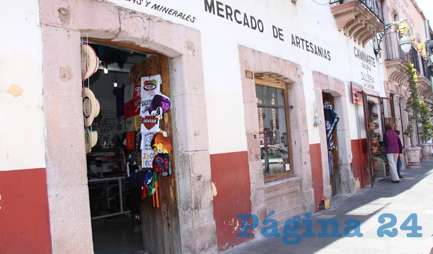 Dijeron que en diversos negocios del Centro Histórico las extorsiones son comunes, ya sea mediante llamadas o presencialmente (Foto Rocío Castro Alvarado)