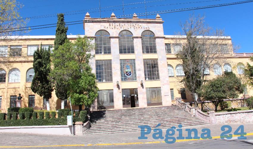 La primera piedra de esta escuela fue colocada el 17 de septiembre de 1946 por el entonces gobernador de Zacatecas, Leobardo Reynoso González (Foto Rocío Castro Alvarado)