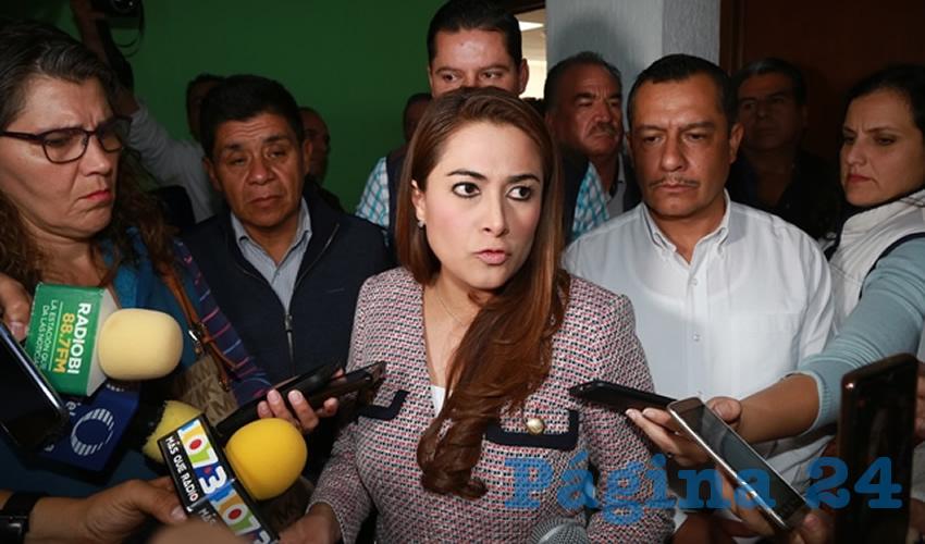 Nueve alcaldes mostraron su solidaridad a María Cristina López González (Foto: Eddylberto Luévano Santillán)