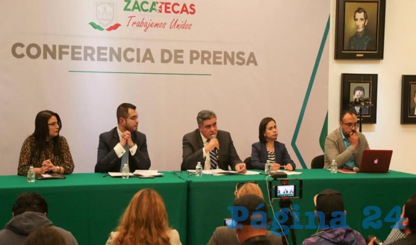 En conferencia de prensa, acompañado por el Secretario de Seguridad Pública, Ismael Camberos Hernández, así como por personal de la Fiscalía General de Justicia del Estado de Zacatecas (FGJEZ), asentó que se han brindado todas las facilidades para dar con el presunto responsable y se haga justicia a la víctima.