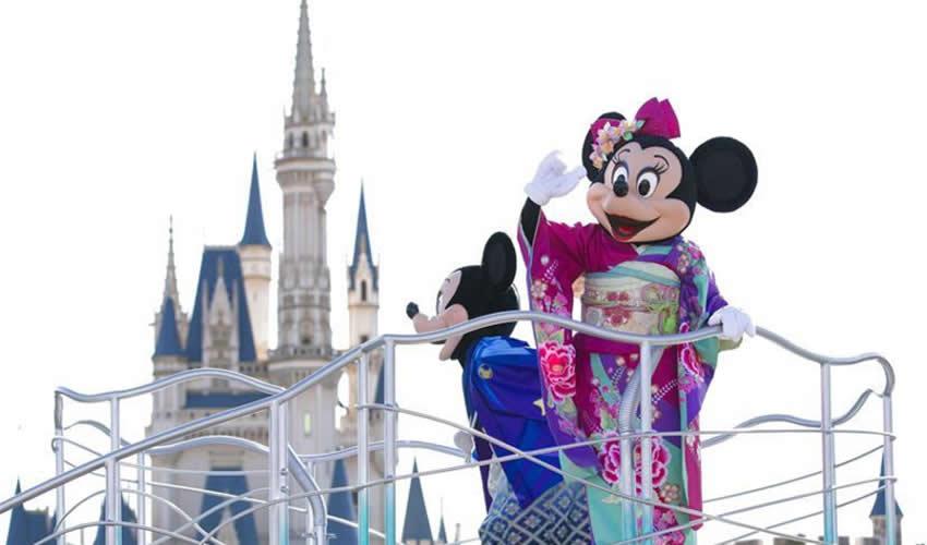 Disneyland Suspende Operaciones por el Covid-19