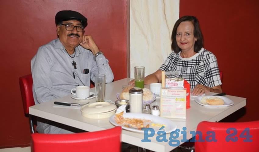 En el restaurante Mitla almorzaron José Ramón Franco Andrade y María Elena Calzada de Franco