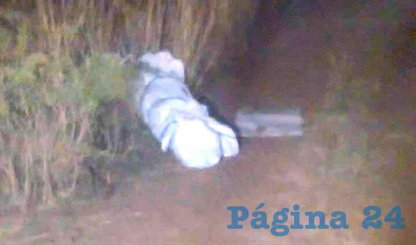 Sicarios son Sorprendidos Bajando Hieleras con Restos Humanos y un Cadáver en Río Grande