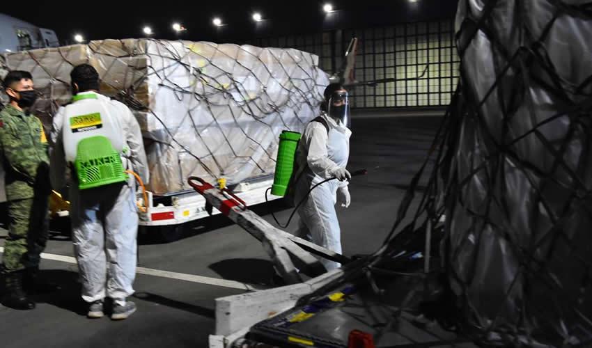 El arribo de 110 toneladas de insumos y equipo médico la noche de ayer domingo, es el producto de una labor diplomática de cooperación internacional entre México y China