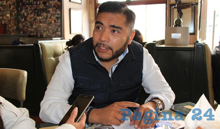"""Román Tarango Rodríguez, presidente de la Asociación Civil """"Cruzada 4 mil"""", (Foto Archivo Página 24)"""