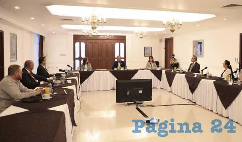 La mayoría de las audiencias y sesiones se han realizado de manera virtual, a través de videoconferencias