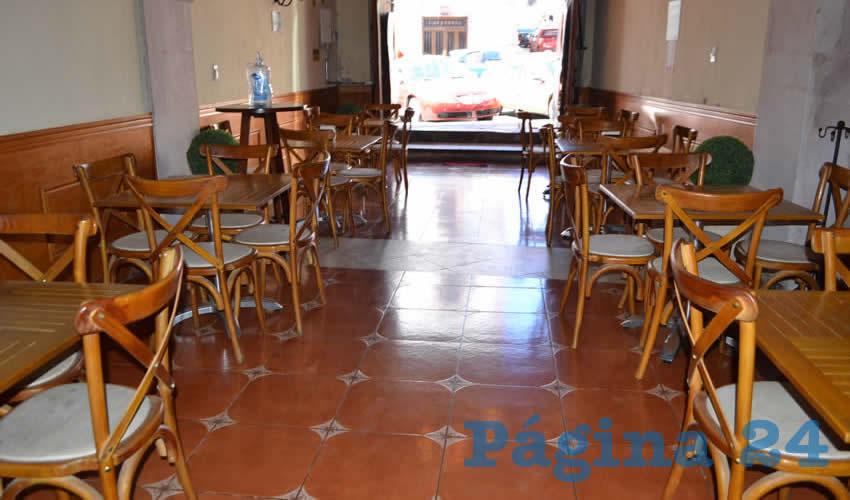 Decenas de comercios de venta de alimentos y bebidas, tales como restaurantes y cafeterías, abren sus puertas a pesar de la falta de clientes e ingresos (Foto: Merari Martínez)