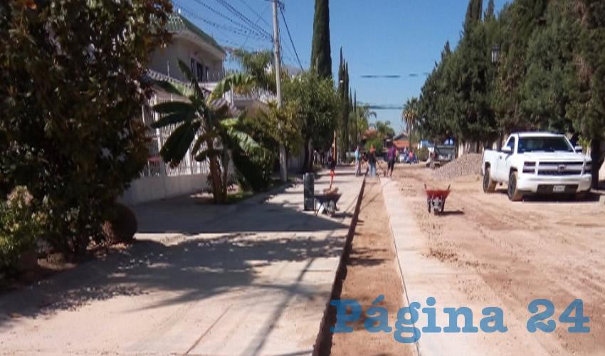 Mejora Municipio de Aguascalientes la red de  Agua Potable en la Colonia Gómez Portugal