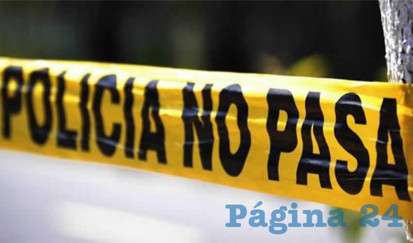 Los peritos se encargaron de trasladar los dos cadáveres sin identificar, al Instituto Zacatecano de Ciencias Forenses
