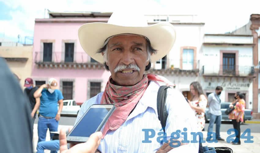 Roberto de la Rosa Dávila, delegado de la comunidad Salaverna, Mazapil (Foto: Merari Martínez)