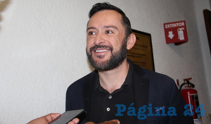 Raymundo Moreno Romero presidente de la Fundación Orgullo Zacatecas e integrante de la red de colectivos de la diversidad sexual (Foto: Archivo Página 24)