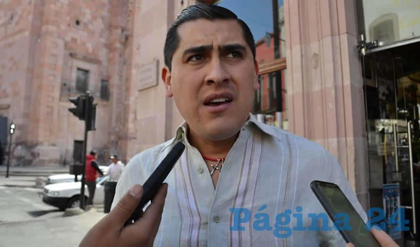 Carlos Peña Badillo, director del Instituto Zacatecano de Educación para Adultos (IZEA) (Foto Archivo Página 24)