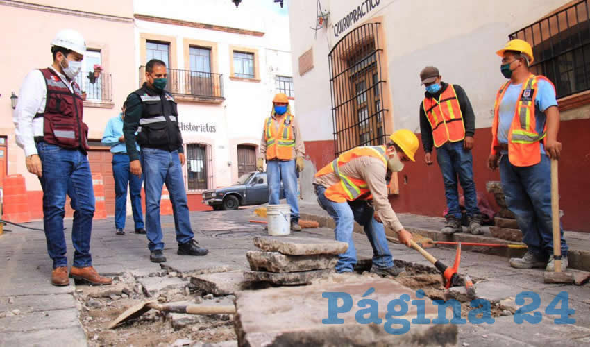 Continuamos Llevando las Brigadas de Bacheo a las Calles y Vialidades de la Capital: Ulises Mejía Haro