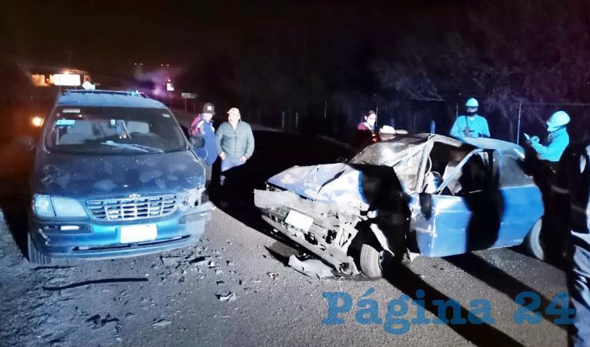 El choque se registró sobre la carretera estatal 99, en terrenos de la comunidad Ojo de Agua de los Montes, Tepezalá