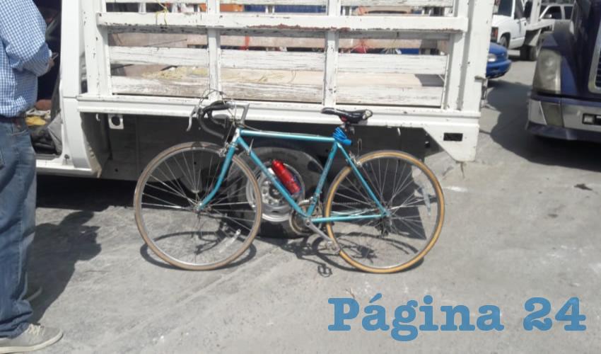 Embisten a un Ciclista, en la Carretera a Emiliano Zapata