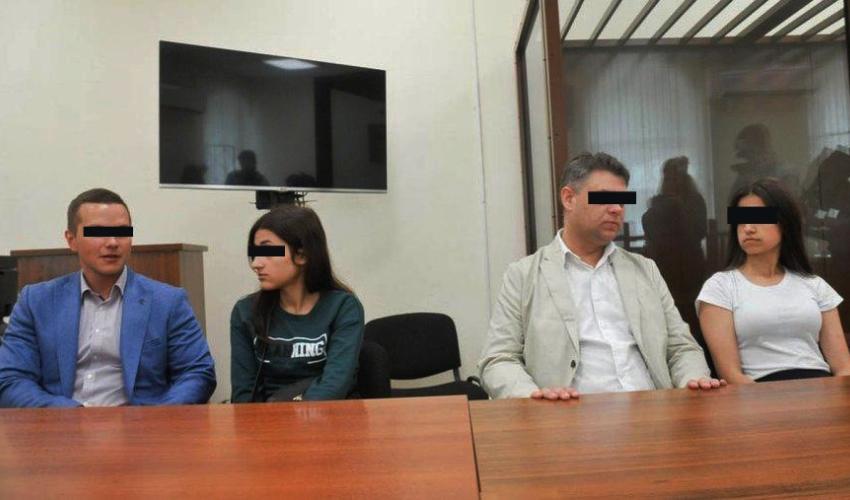 Hermanas Rusas que Mataron a su Padre Porque Abusaba de Ellas Podrían Quedar Libres