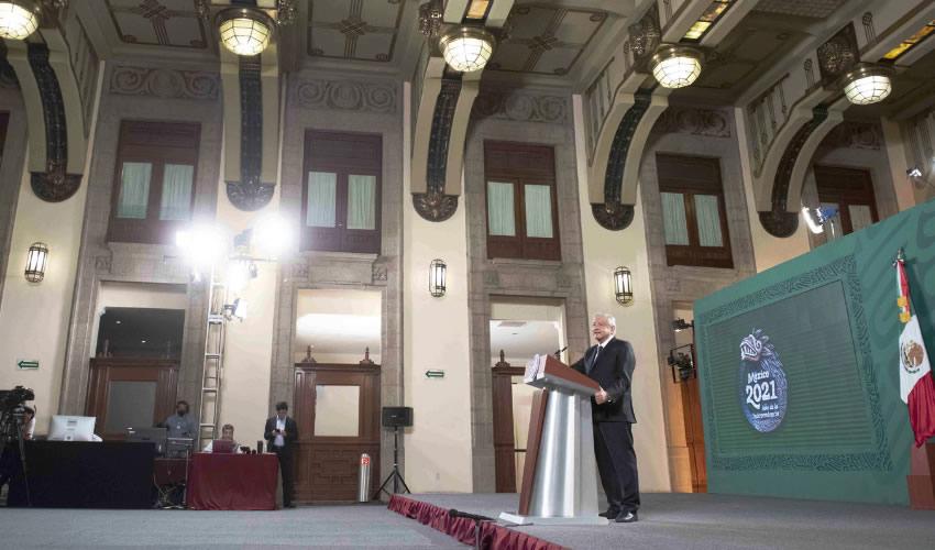 Carlos Slim Acepta Rehabilitar lo más Pronto Posible la Línea 12, Anuncia López Obrador