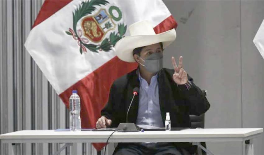 El Presidente de Perú Descarta los Cambios Ministeriales Bajo Presión