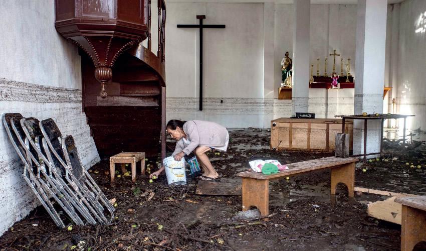 Revienta Presa e Inunda Pueblos de Zacatecas